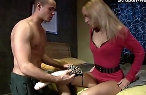 Mistress owns a slave'_s ass with a Cyclopean strapon