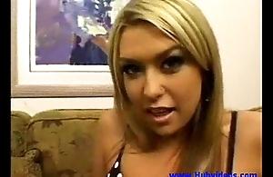 Babe Tiffany Rayne receives an anal