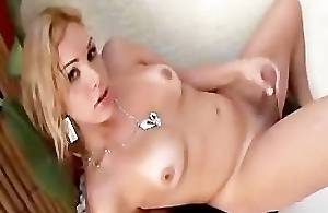 Sexy Ts From Brazil Shows Her Goods shemale porn lady-mans tranny porn trann