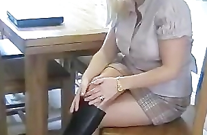 Slutty Hot Hose Mommy In Black Leather Boots