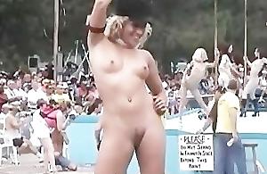 Random Nudes a Poppin Festival Sheet Clip Part 1
