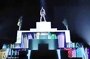 Chris Brown's 2012 Grammy Performance