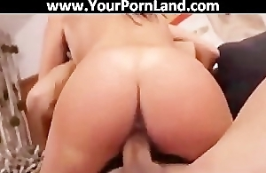 Bonny BRUNETTE FUCKS HER Band together