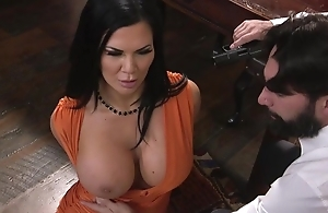 Raven-haired pornstar with beefy melons gets fucked in the bore