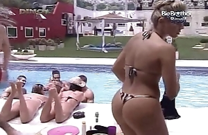 Big Brother Brasil 12 Renata - BrasileirasTube.org