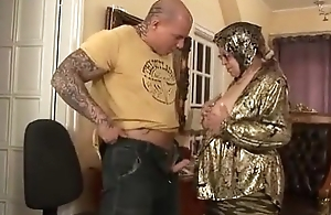 Superannuated woman strips gad about get fucked everlasting by younger guy
