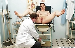 Unpretty full-grown wife at pervy gyno doctor